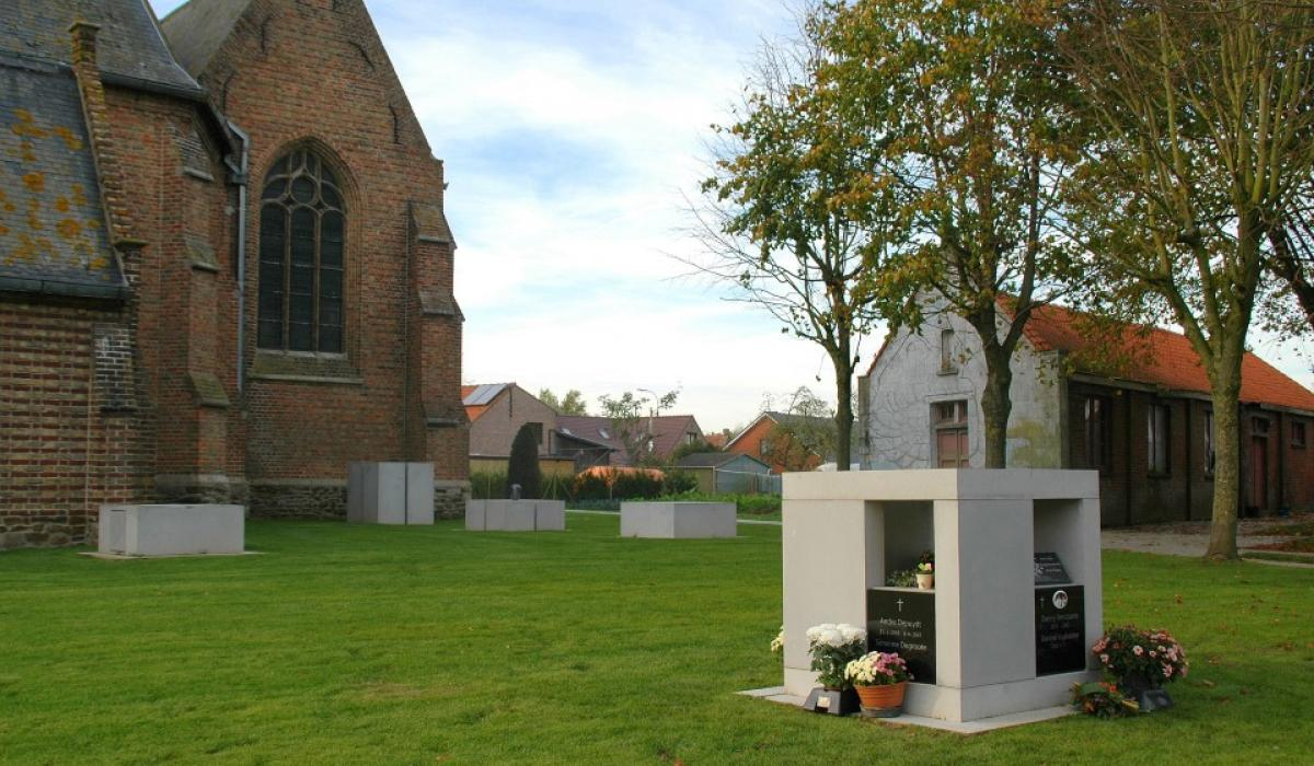 AMA® Cubi columbarium - by Andy Malengier
